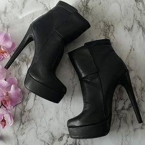 be03790ae69e Shoe Dazzle Shoes - Shoe Dazzle Platform Jada Ankle Booties